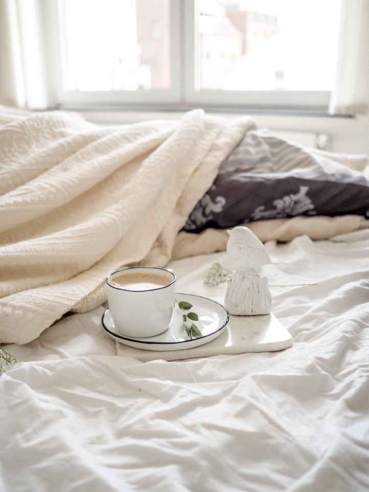White bedding with Coffee
